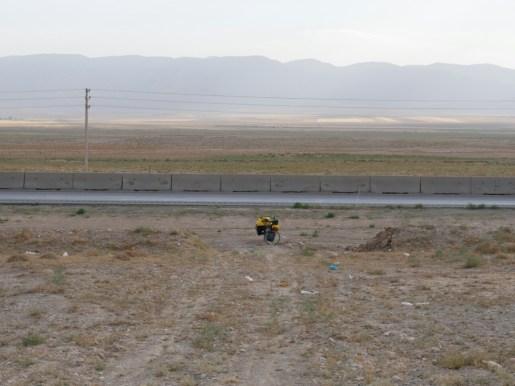 Tandem in the desert.// Tandem in der Wüste.