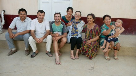 Hassan, Papa, Daniel, Schwägerin, Antonia, Mama, Tante, Neffe.
