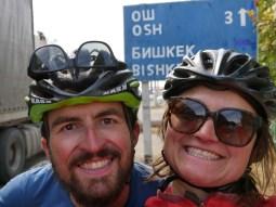 Nur noch 3 km bis Osh.// Only 3 km to go to Osh.