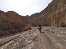 Entering the canyon.// Ab in den Canyon.