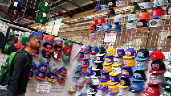Petten-bij-Queen-Victoria-Market