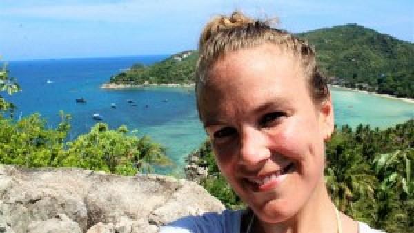 John-Suwan Rock view Paula