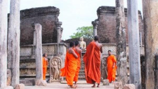 Monks Temple Polonnaruwa