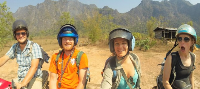 Wereldreis #51 | Chillen, zwemmen en motorrijden in Laos