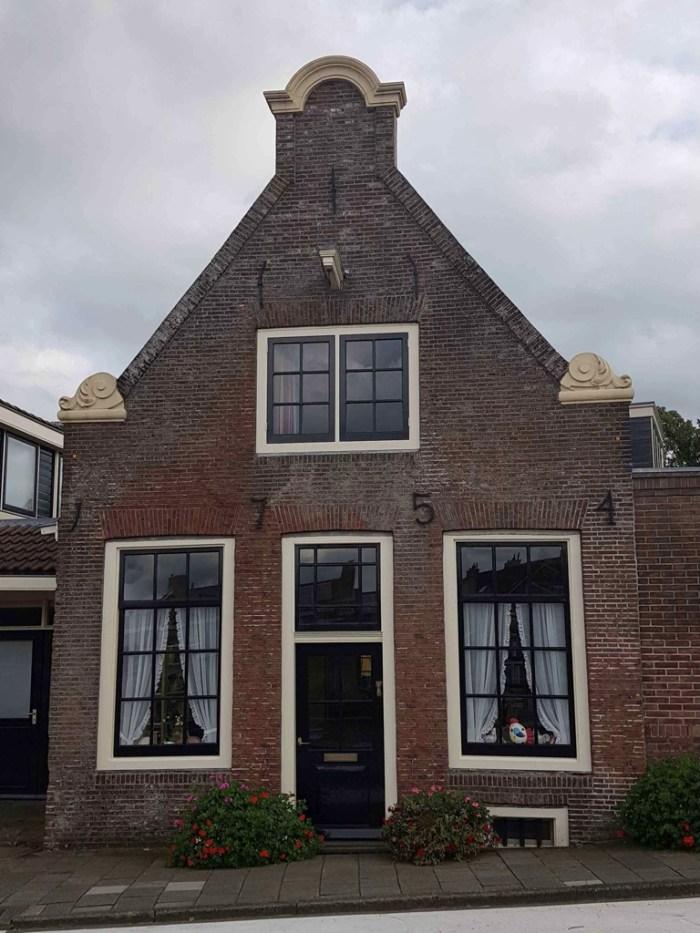 Trekvogelpad etappe 7 Amsterdam tot Weesp mooie huisjes Driemond