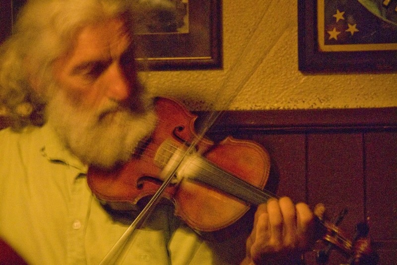Fiddle player, pub, Westport, County Mayo