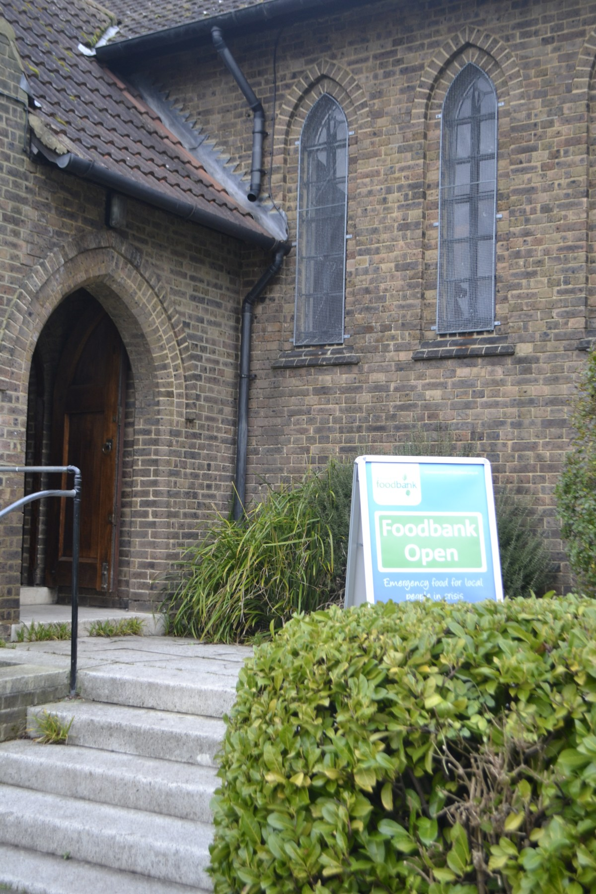 5,218 emergency food parcels given out by Wandsworth Foodbank last year, up 11%