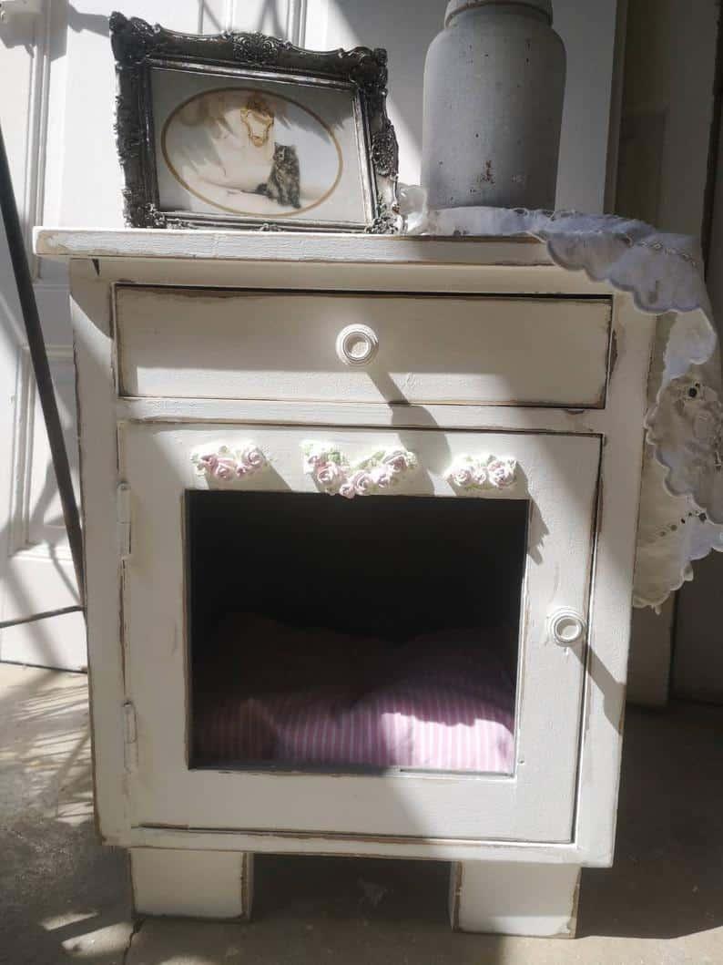 table de nuit niche vintage