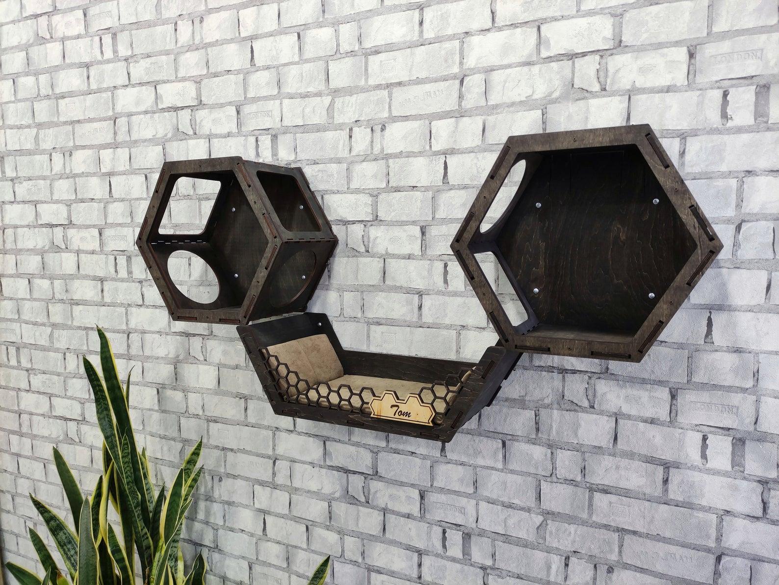hexagone mural noir ouvert