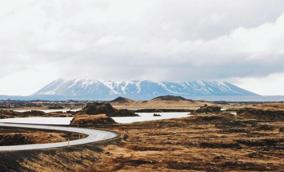 How to Plan a Road Trip Around Iceland on a Budget
