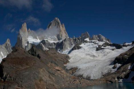 view from lago de la tres