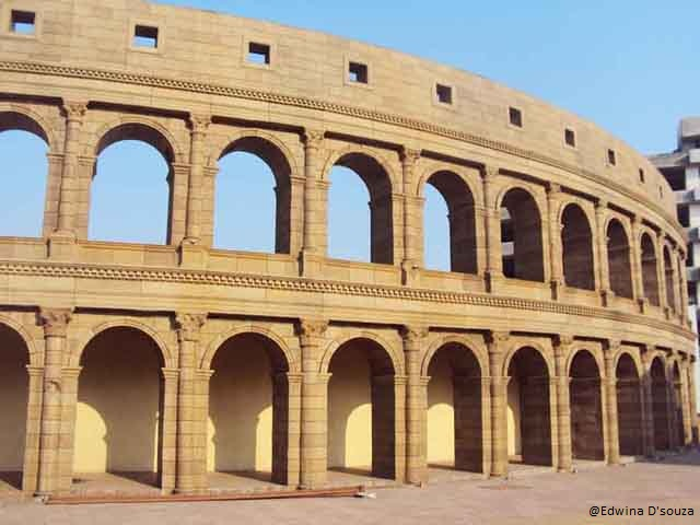 Replica of the Colosseum - Vardhman Fantasy