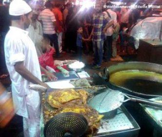 Food Mohammad ali Road during Ramadan