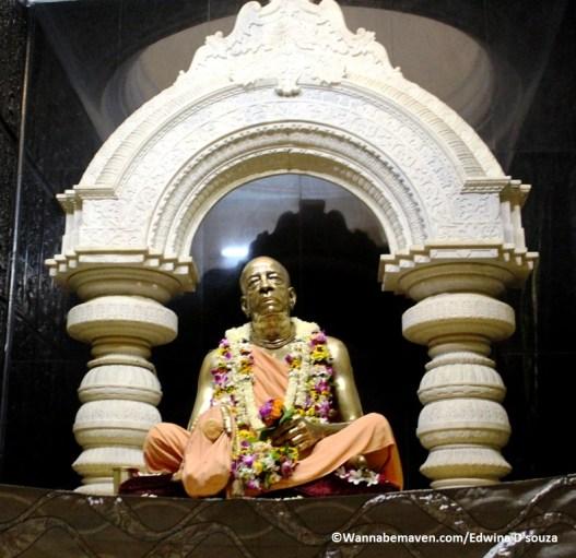 Iskon temple Vrindavan (4)