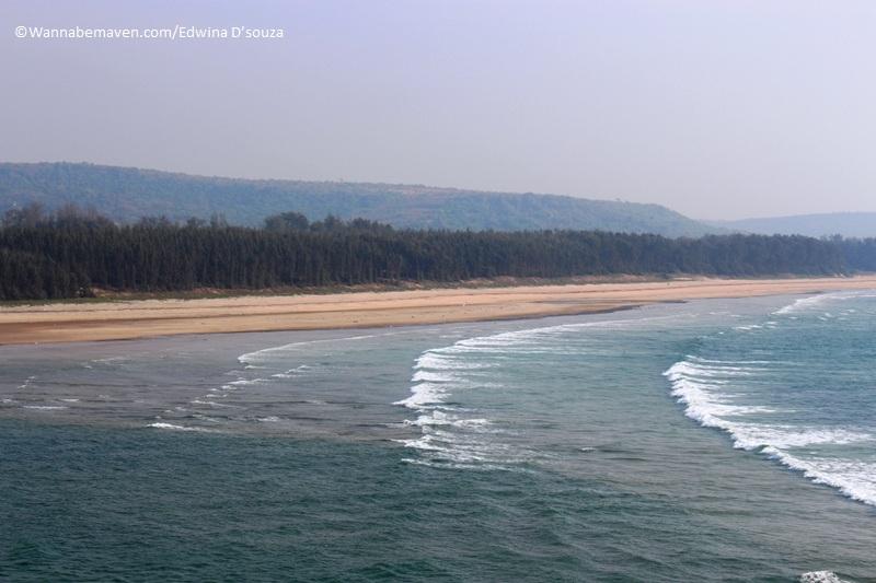 ganpatipule stay-Ratnagiri-Aarey Warey beach