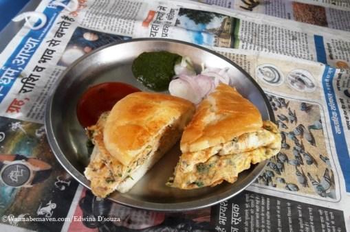 Indore food guide - egg benjo