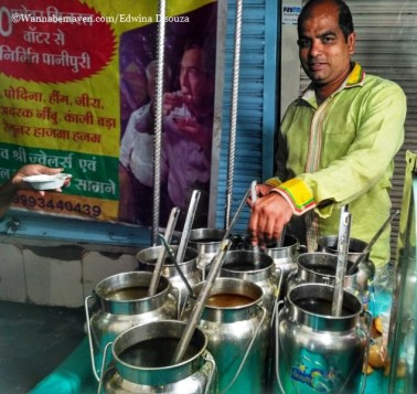 Indore food guide - dus paani wala pani puri