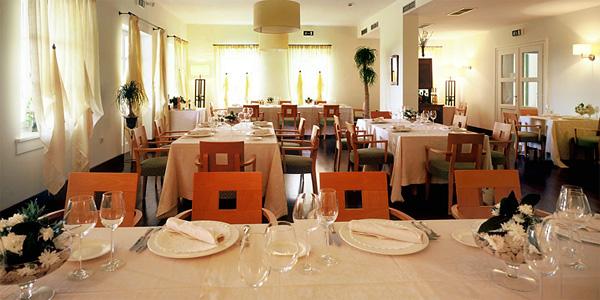 Diningroom 1