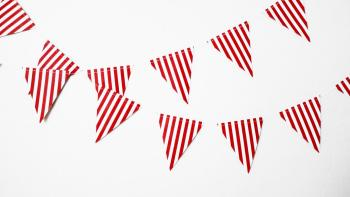 Striped Flag Buntings Red - 9FT-0