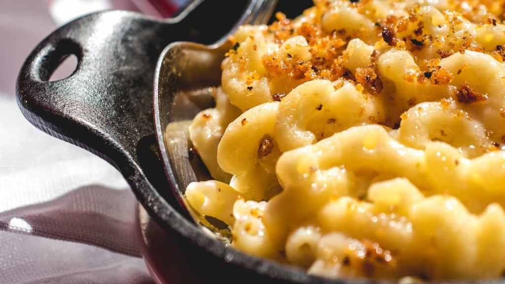 WannaRub Crocked Mac & Cheese