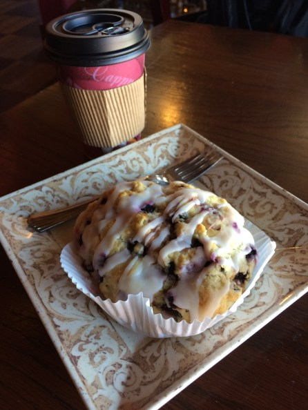 Blueberry Scone with Chai Tea