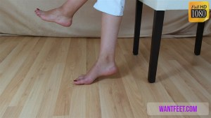 Barbara's Bare Feet Show