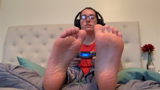 Gamer Girl's Sexy Soles