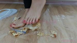 Crystal Barefoot Cake Crush