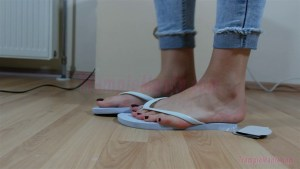 Crystal Barefoot Sweet Crush in Flips Flops