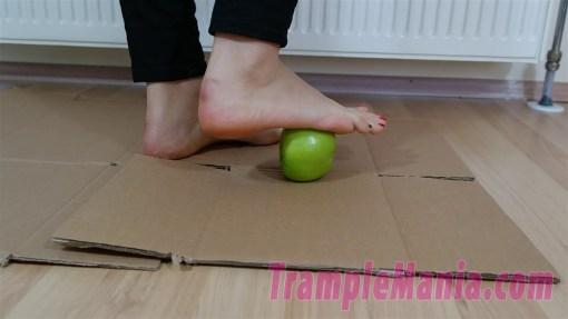 Crystal Barefoot Apple Crush
