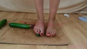 Barbara's Barefoot Cucumber Crush