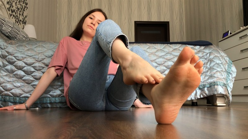 Hot Russian Girls Sexy Feet and Soles