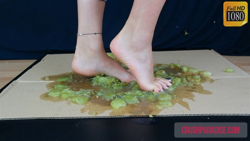 Sophias Bare Feet Grape Crush