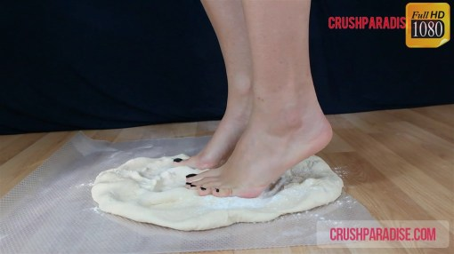 Crystal's Barefoot Dough Crush