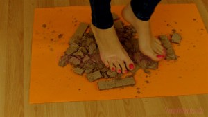 Crystal Crushes Wafers under her Sexy Bare Feet Alt