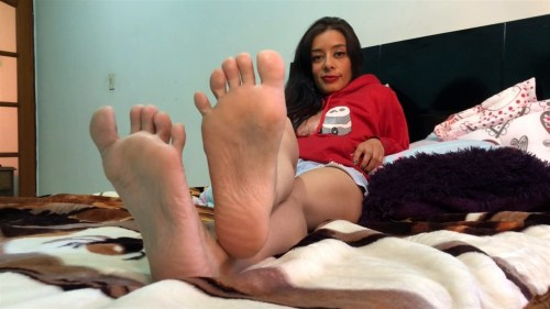 Sexy Latinas Hot Soles