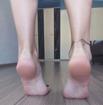 masha foot model