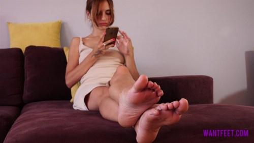 Pollys Small Feet