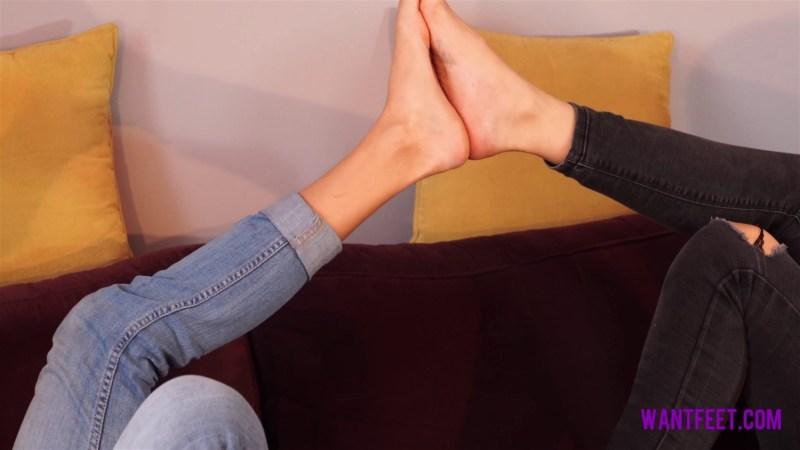 Jasmine Polly Foot Comparison