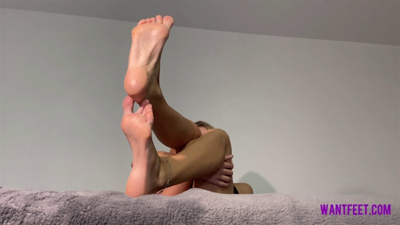 Lisas Perfect Feet Will Mesmerize You