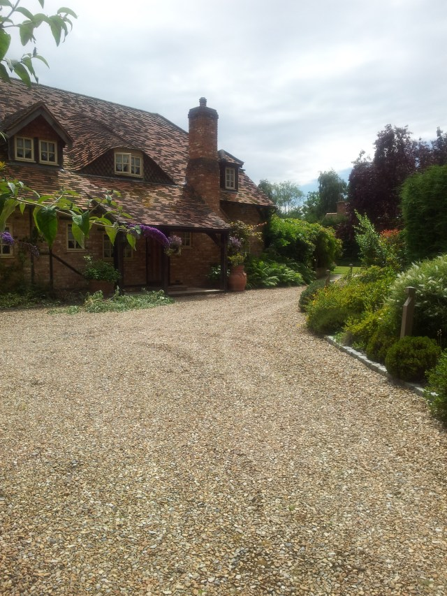 Enjoying a Beautiful English Country Cottage