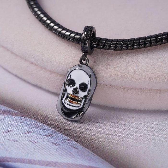 War and Peas – Gnoce - Charm – Skull 2