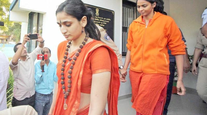 سوامی نتیانند کے خلاف ایف آئی آر درج بچوں کے اغواء کے الزام میں دو خاتون بھگت بھی گرفتار