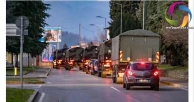 اٹلی میں فوجی گاڑیوں سے لاشوں کی منتقلی۔قبرستان میں جگہ نہیں