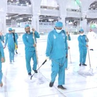 مسجدالحرام کی صفائی کیلئے یومیہ 70 ہزارلیٹر جراثیم کش ادویہ کا استعمال