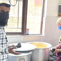 کورونا مریضوں کے لیے مسیحا بنے رئیس اور ندا، کھانا مفت کر رہے تقسیم
