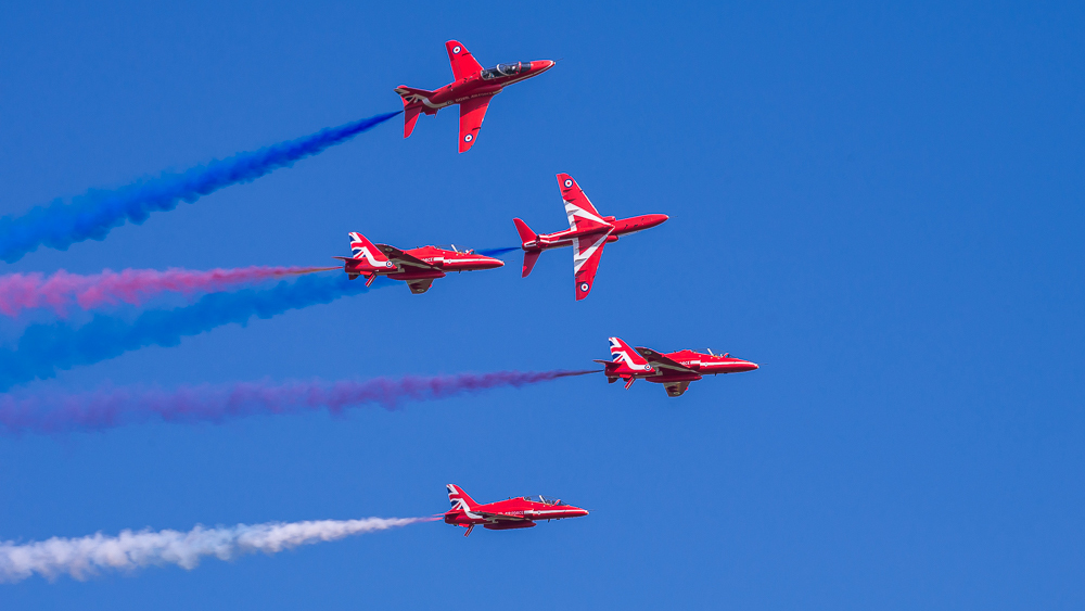 Red Arrows - Shuttleworth Premier 2016