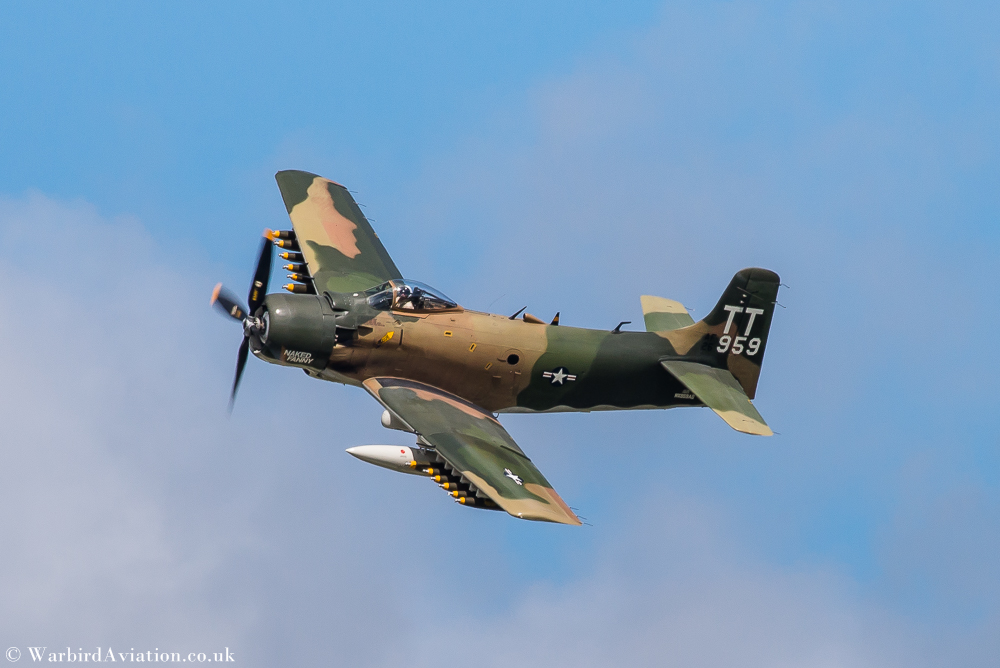 Douglas AD - 1 Skyraider - Wings over Waukegan