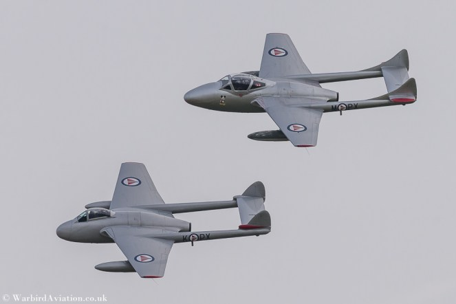 Single seat de Havilland Vampire FB.52 and twin seat trainer T.55