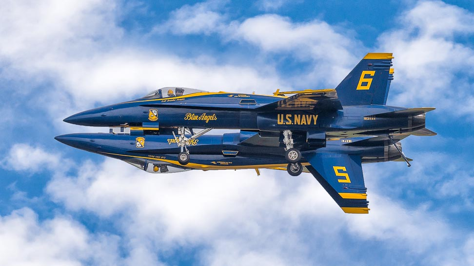 USN Blue Angels Mirrored Inverted Dirty Pass